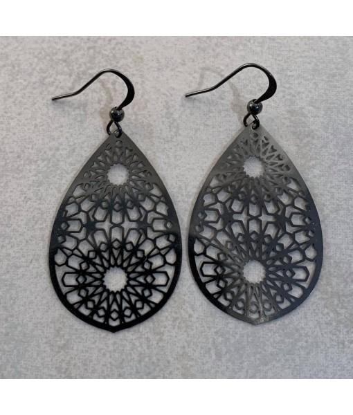 Casablanca filigree earing