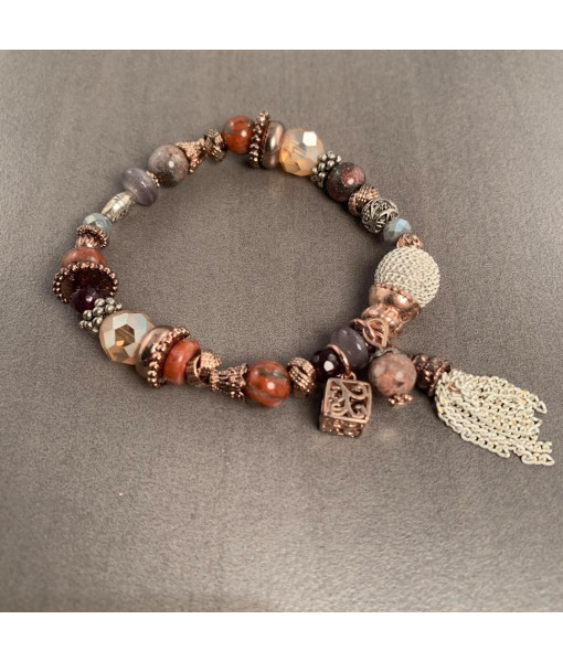 Elastic charm bracelet