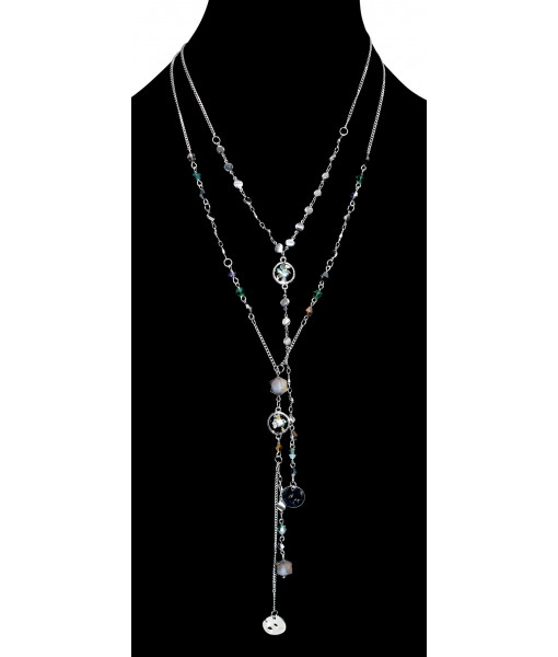 Multirow chain with resin and crystals