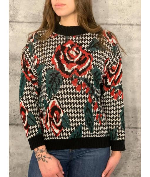 Rose pattern sweater